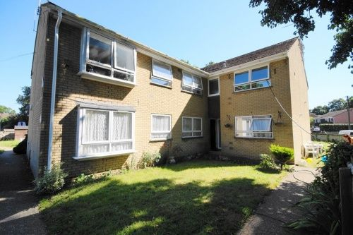 Thumbnail Flat for sale in Joys Road, Three Legged Cross, Wimborne