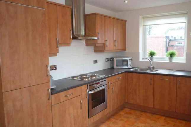 Thumbnail Flat to rent in Romana Square, Timperley