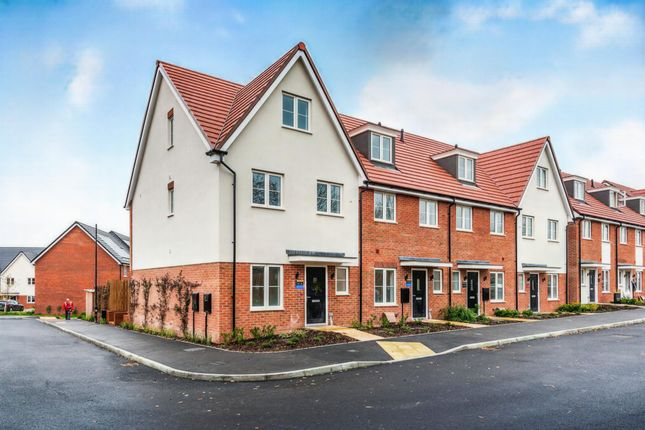 Thumbnail End terrace house for sale in Hammonds Ridge, Burgess Hill