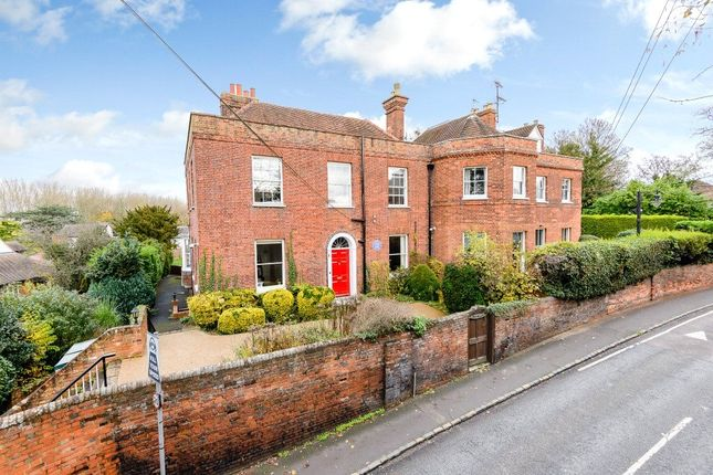 Thumbnail Detached house to rent in Thames Street, Sonning, Reading