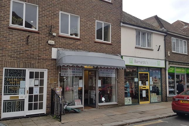 Commercial property to let in High Street, Hythe