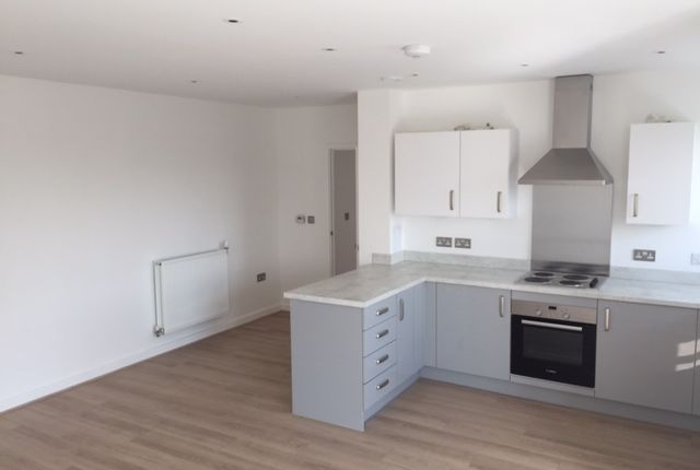 2 bed flat for sale in Brumwell Avenue, London
