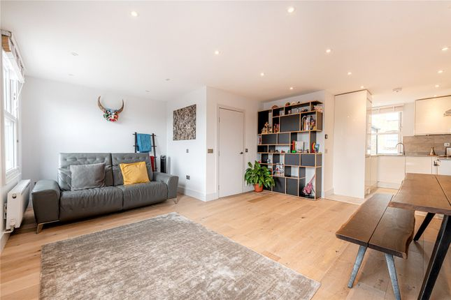 3 bed flat for sale in Ponsard Road, London NW10