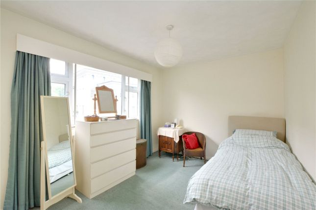 Bedroom of Dennis Court, Dartmouth Hill, Greenwich, London SE10