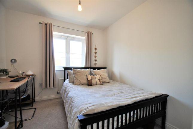 Bedroom of Lincoln Gardens, Bridgefield, Ashford, Kent TN25