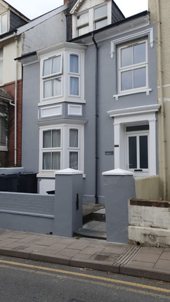 Thumbnail Town house to rent in Sea View Place, Aberystwyth
