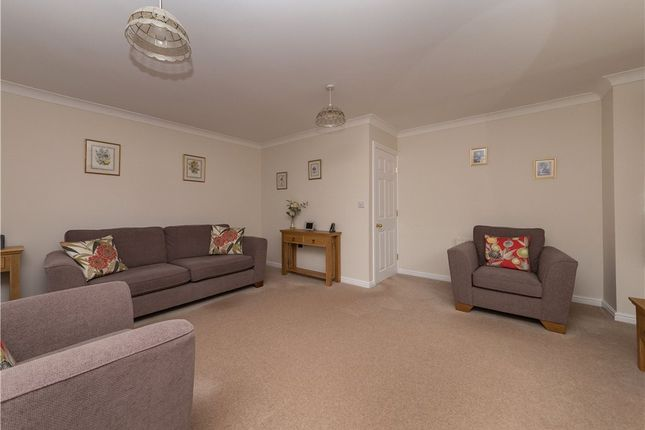 Lounge of Saxilby Road, East Morton, West Yorkshire BD20