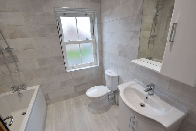 Family Bathroom of Aldrich Close, Kirby Cross, Frinton-On-Sea CO13