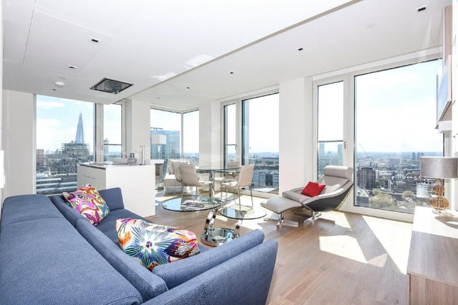 Thumbnail Flat to rent in South Bank Tower, Upper Ground, South Bank, London