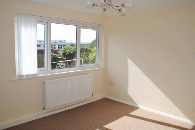 Thumbnail Flat to rent in Saltford, Low Fell, Gateshead