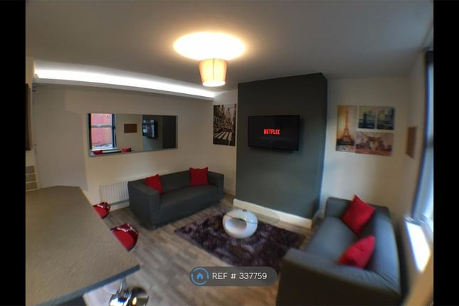 Thumbnail Terraced house to rent in Harold Grove, Leeds