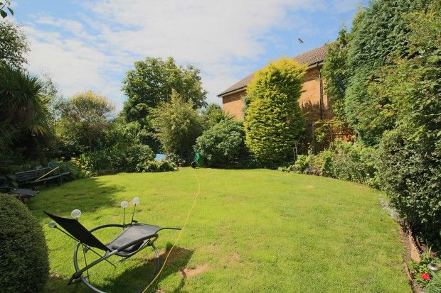 Thumbnail Detached house for sale in Willingale Way, Thorpe Bay