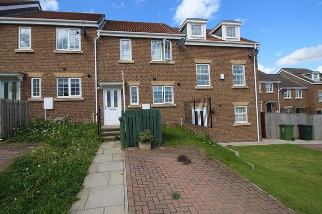 Thumbnail Terraced house for sale in Masseys View, Blaydon-On-Tyne