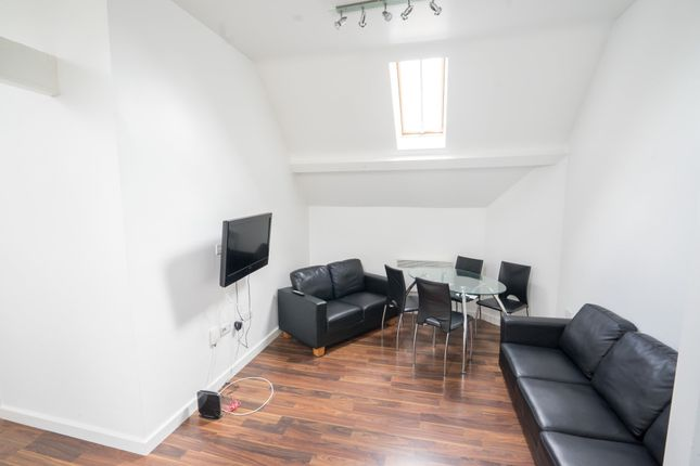 Thumbnail Flat to rent in Burns Street, Knighton Fields, Leicester