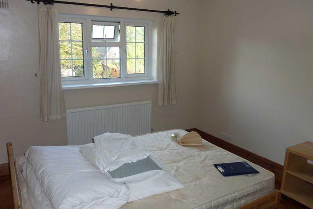 Thumbnail Room to rent in Mylne Square, Wokingham