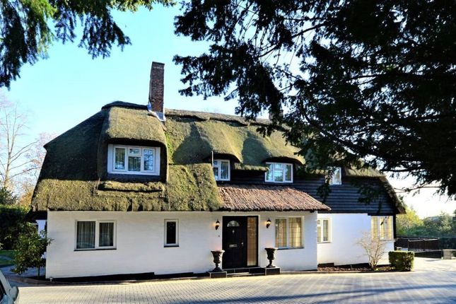 Thumbnail Property to rent in South View Road, Pinner, London