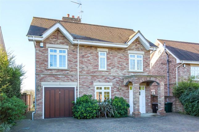 Thumbnail Detached house to rent in Sandalwood Close, Arkley, Hertfordshire