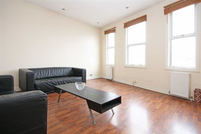 1 bed flat to rent in Poplar Mews, Uxbridge Road, London
