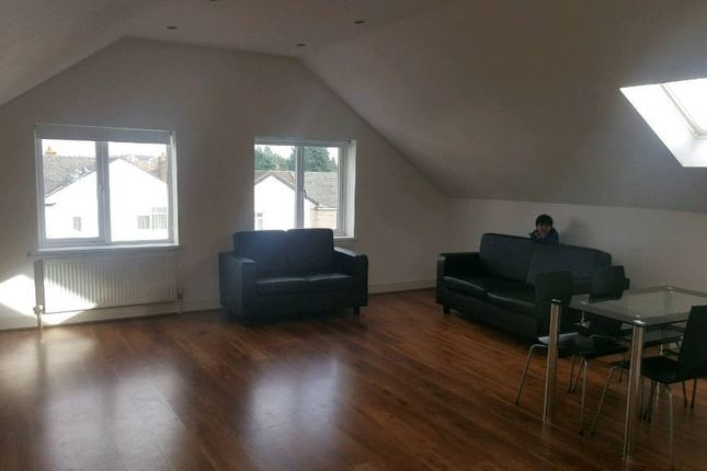 1 bed flat to rent in Tomswood Hill, Barkingside IG6