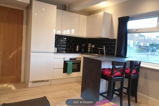 1 bed flat to rent in Mill Hill, London NW7