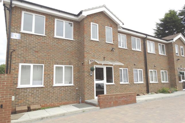 Thumbnail Property to rent in Kelvin Road, Welling