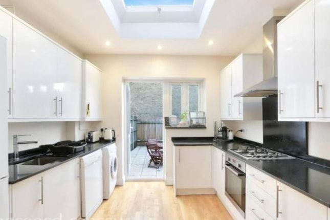 Thumbnail Detached house to rent in Mitcham Road, Tooting