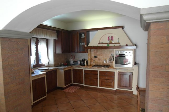 2 bed apartment for sale in Ground Floor Apartment, Anghiari, Arezzo, Tuscany, Italy