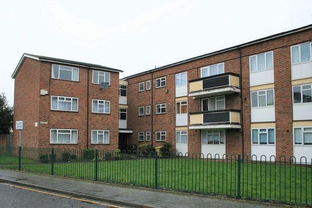 Thumbnail Flat to rent in Lennox Close, Romford