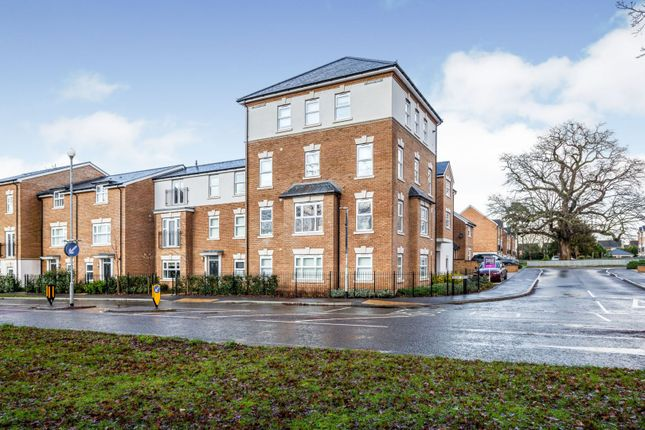 Thumbnail Flat for sale in Parsonage Road, Horsham