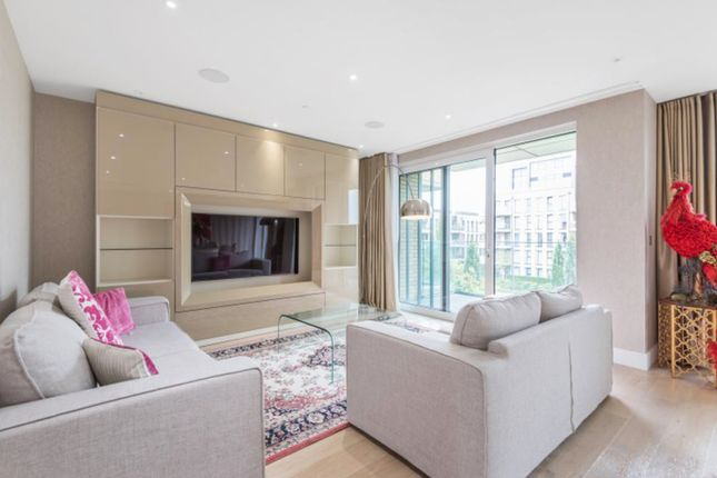 Thumbnail Flat for sale in Central Avenue, Fulham Riverside, London
