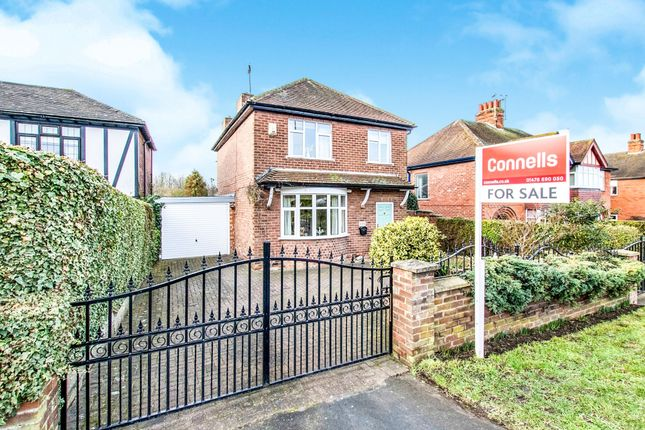 Thumbnail Detached house for sale in Bridge End Road, Grantham