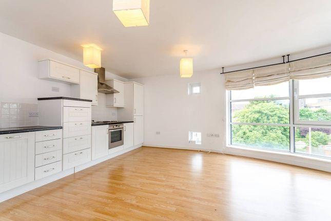 Thumbnail Flat to rent in London Road, Kingston