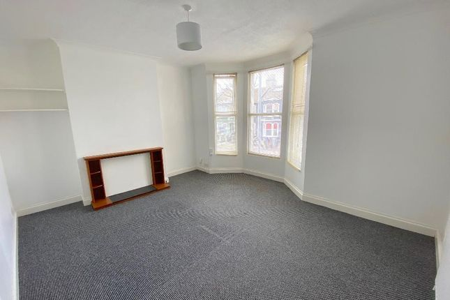 Thumbnail Flat to rent in Sackville Road, Hove, East Sussex