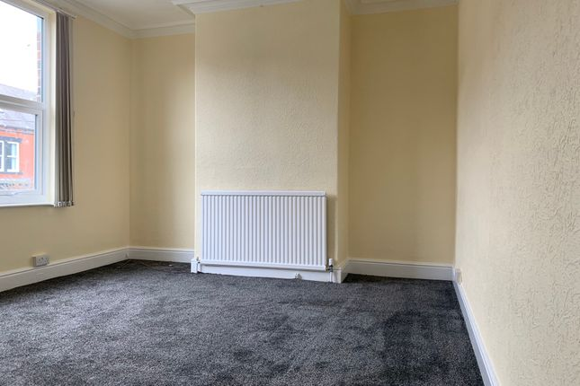 Bedroom 2 of Holtwood Road, Sheffield S4