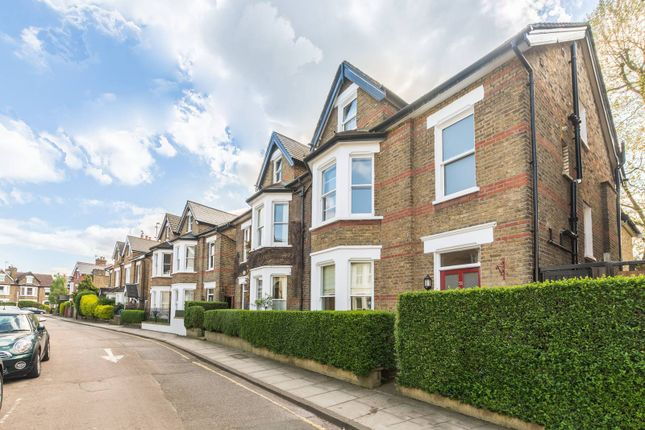 Thumbnail Property to rent in Larkfield Road, Richmond