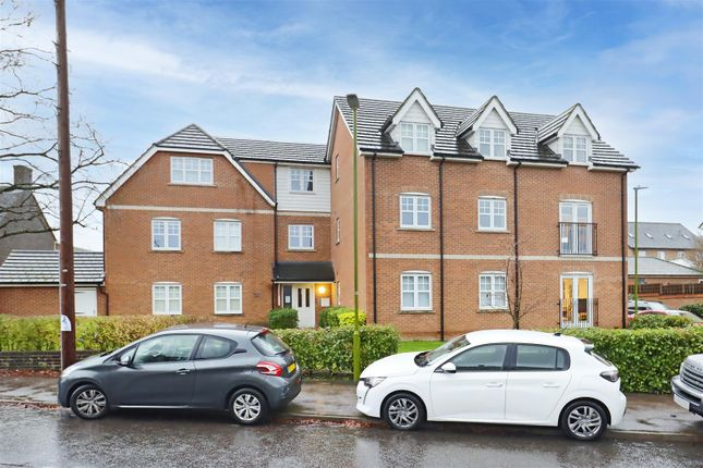 Property for sale in Arundel Drive, Borehamwood WD6