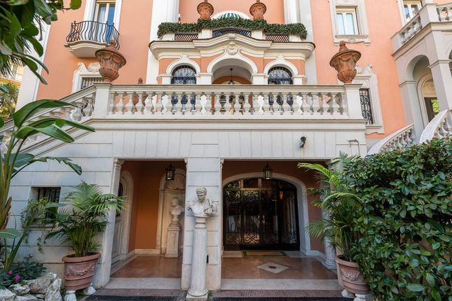 Thumbnail Town house for sale in Via Carlo Linneo, 00197 Roma Rm, Italy
