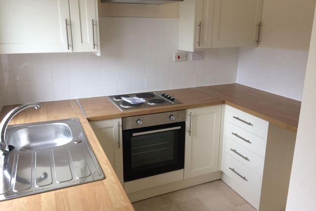 1 bed flat to rent in Oundle Road, Woodston, Peterborough