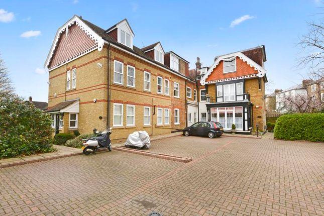 Thumbnail Flat for sale in Rathgar Avenue, London
