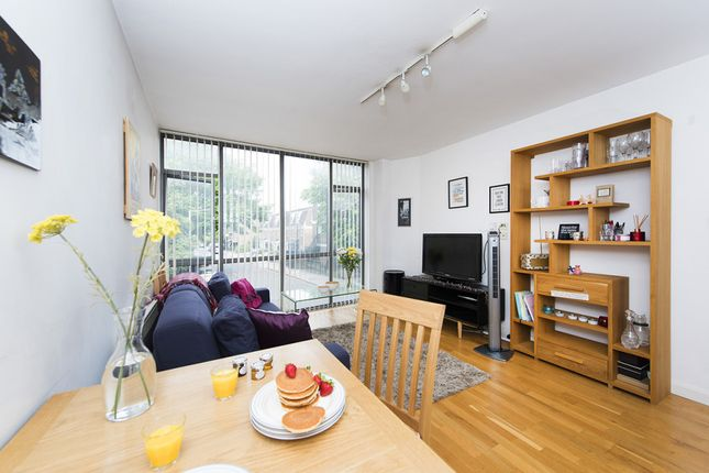 Thumbnail Flat to rent in Liverpool Road, Highbury & Islington, London