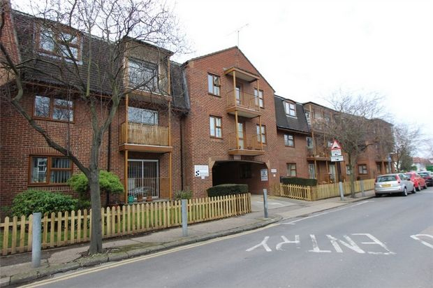 Thumbnail Property for sale in Chalkwell Park Drive, Leigh-On-Sea, Essex