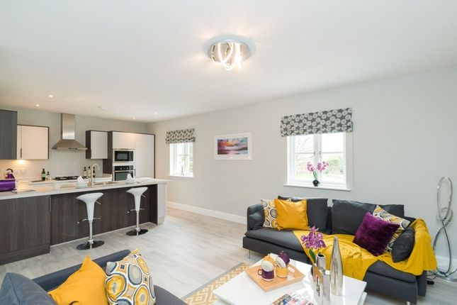 Thumbnail Flat for sale in 4 Keith House, Cobbetts Close, Eynsham, Witney