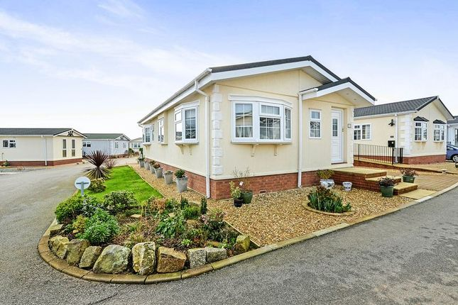Thumbnail Mobile/park home for sale in Truro Heights, Kenwyn, Truro