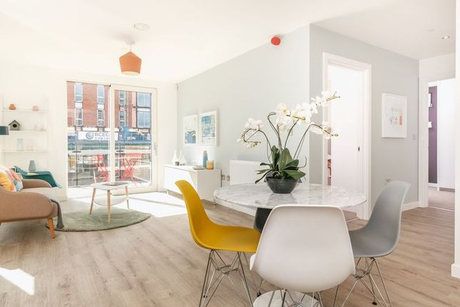 Thumbnail Flat to rent in Middlewood Locks, Salford