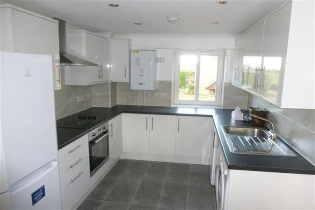 Thumbnail Flat to rent in Riverside Court, Biggleswade