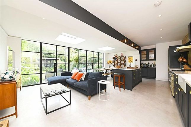 Thumbnail Flat for sale in Brondesbury Villas, Queens Park, London