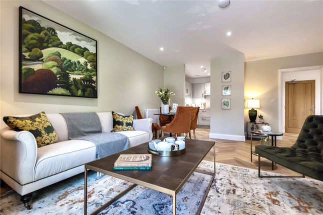 Thumbnail Flat for sale in Sarum Road, Winchester