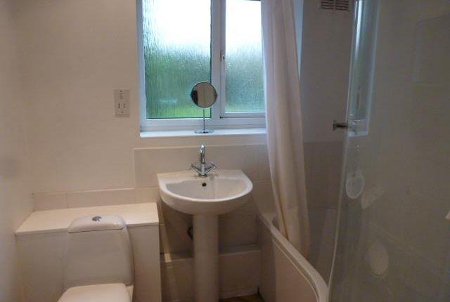 Bathroom of Lemsford Lane, Welwyn Garden City AL8