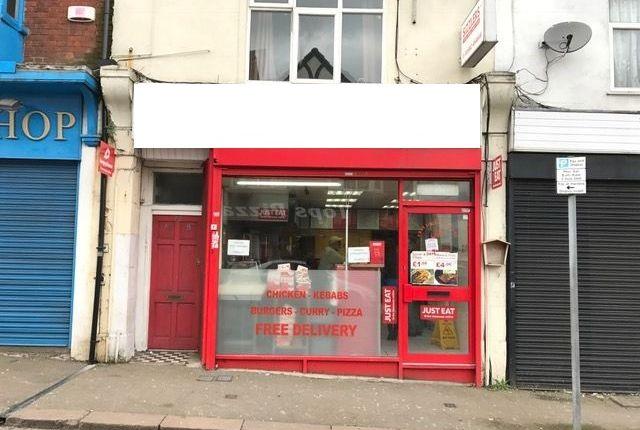 Retail premises to let in Wellington Street, Luton