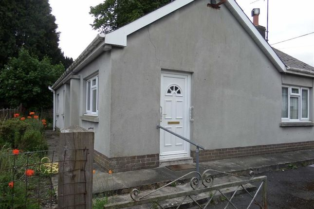 Thumbnail Bungalow to rent in Doldre, Tregaron